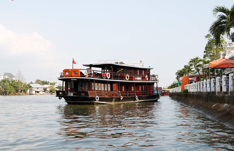 Douce Mekong Cruise : Cai Be - Tra On - Can Tho 2 days 1 night