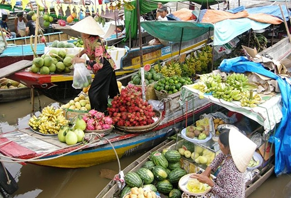 Cai Be Floating Market - Vinh Long