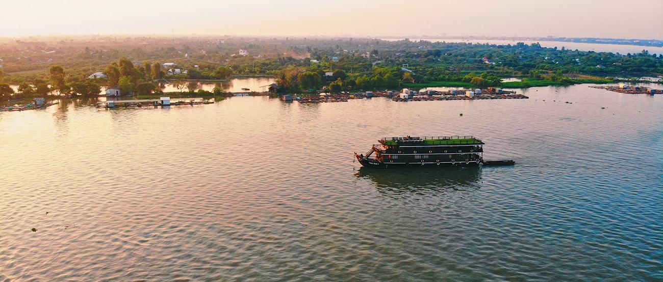 Funan Cruise